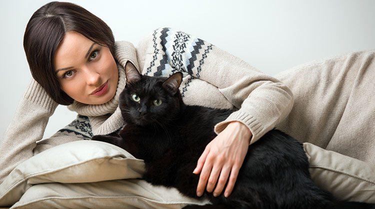 Do zdravih psov in mačk s pomočjo pravilne prehrane